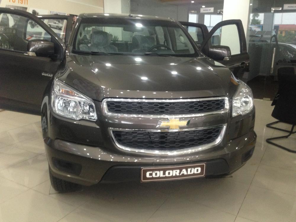 Bán ô tô bán tải Chevrolet Colorado 2.5 4X4 LT đời 2015, nhập khẩu nguyên chiếc giá tốt nhất Miền Bắc