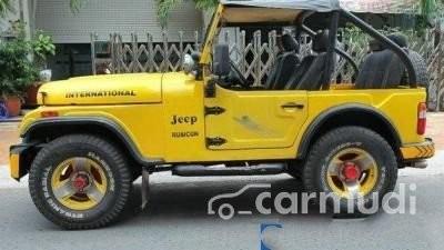 Bán Jeep Wrangler CJ MT đời 1989, màu vàng, xe nhập đã đi 95000 km