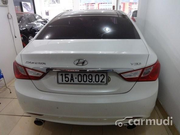 Xe Hyundai Sonata Y 20 2011 cũ màu trắng đang được bán