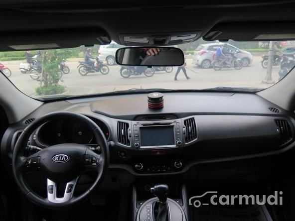 Xe Kia Sportage TLX 2010 cũ màu đen đang được bán