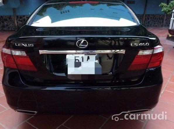 Xe Lexus LS 460 L 2008 cũ màu đen đang được bán