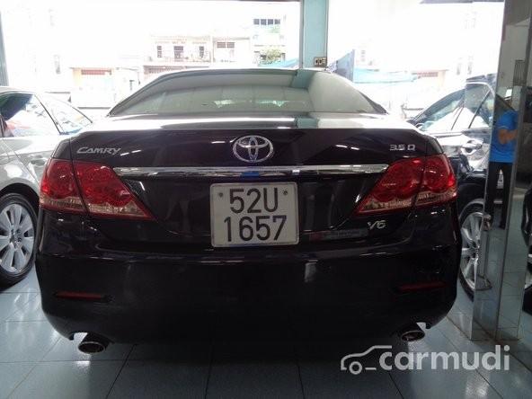 Xe Toyota Camry 3.5 Q V6 2009 cũ màu đen đang được bán