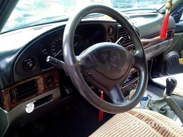 Bán ô tô Ssangyong Musso MT năm 1998, đã đi 350000 km
