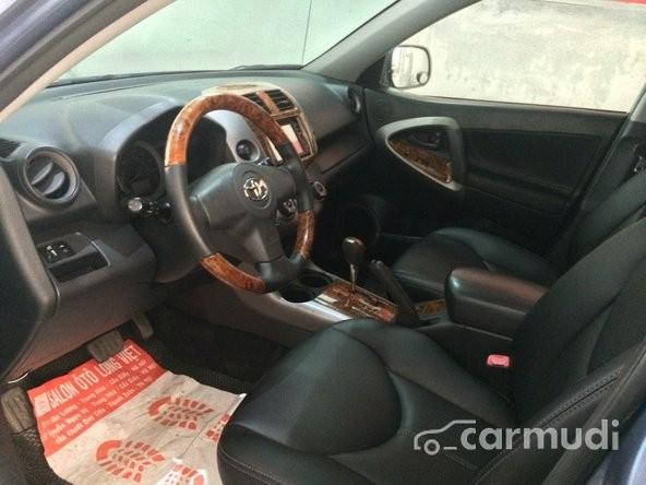 Xe Toyota RAV4 3.5 2008 cũ màu xanh dương đang được bán