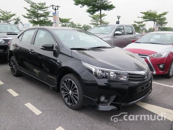 Xe Toyota Corolla Altis 2.0V AT đời 2015, màu đen