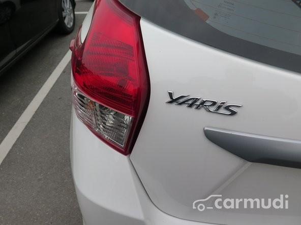 Bán xe Toyota Yaris E AT đời 2015, màu trắng