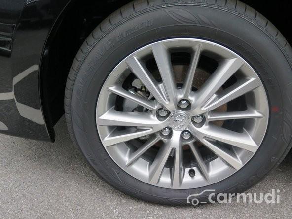 Toyota Corolla Altis 1.8G AT đời 2015, màu đen