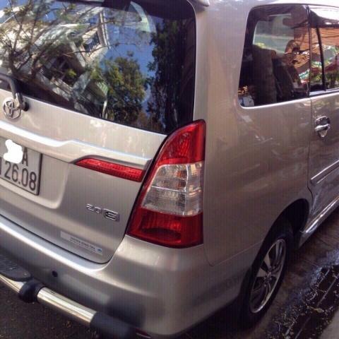 Cần bán xe Toyota Innova đời 2015, màu bạc, nhập khẩu nguyên chiếc, 775 triệu