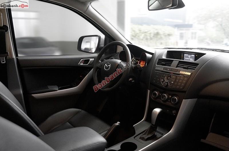 Bán xe Mazda BT 50 2.2AT 2WD năm 2015, màu trắng, nhập khẩu chính hãng