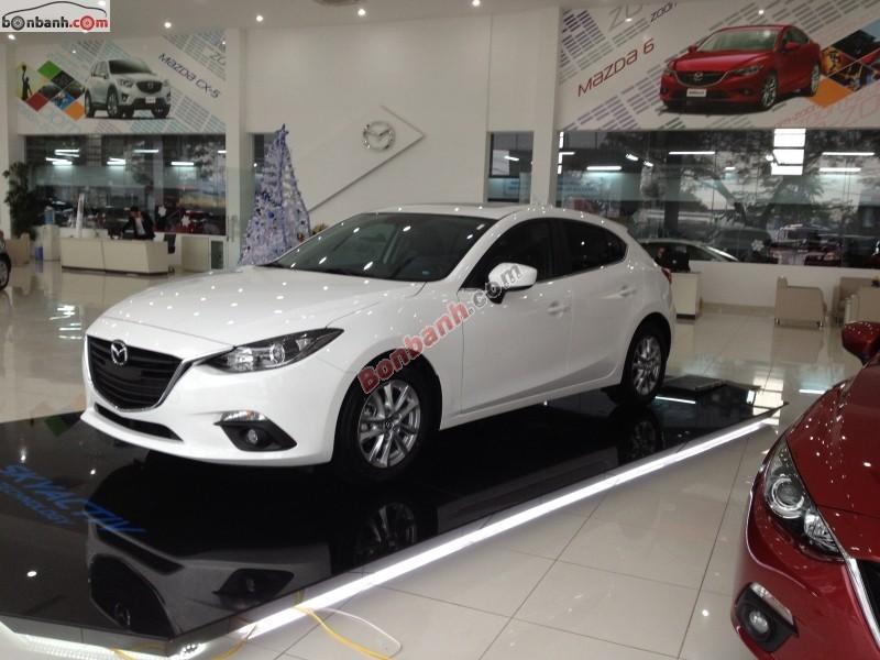 Cần bán xe Mazda 3 S đời 2015, màu trắng, giá bán 729Tr