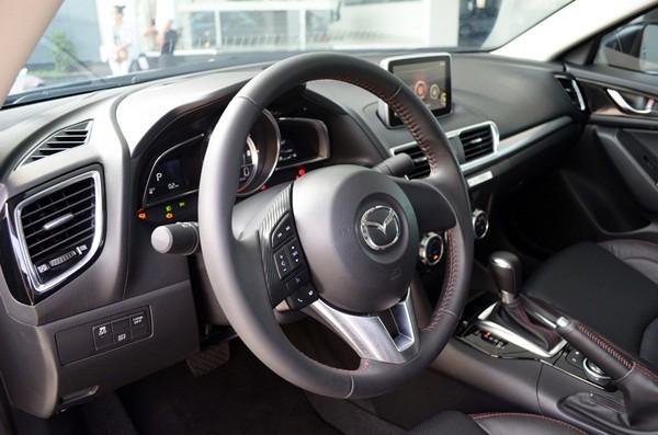 Bán Mazda 3 All New đời 2015 chỉ với 150 triệu