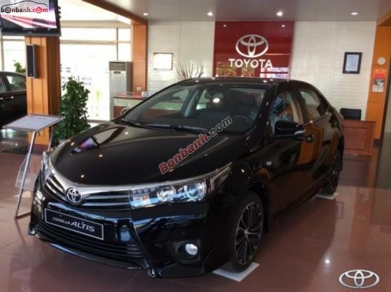 Bán Toyota Corolla altis 1.8MT đời 2015, màu đen, xe đẹp