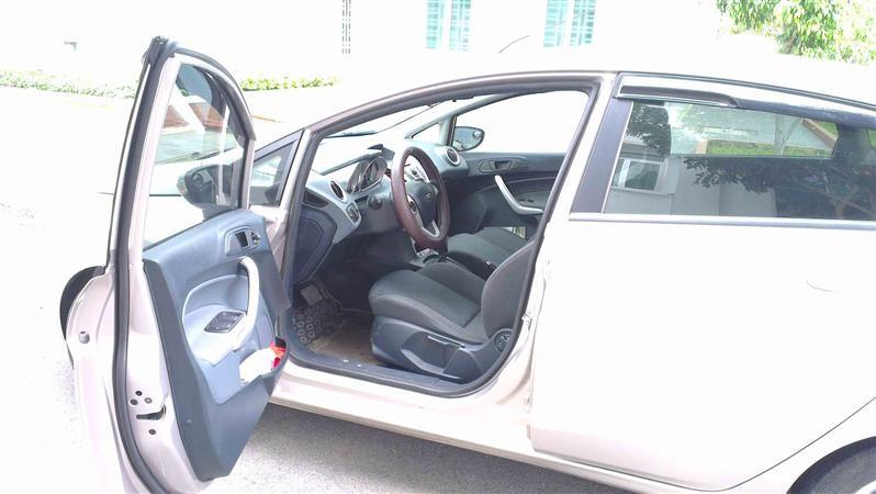 Cần bán gấp Ford Fiesta S đời 2012, đã đi 35959km