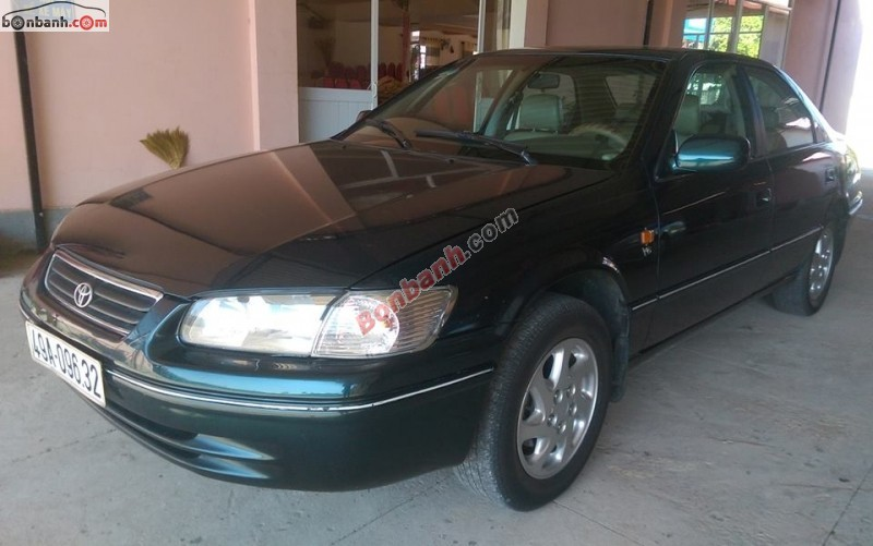 Cần bán gấp Toyota Camry Grand MT 2001, chính chủ