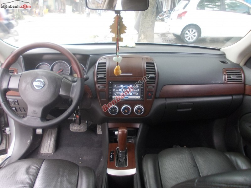 Xe Nissan Bluebird 2.0 2009