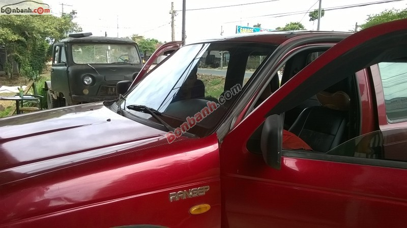 Xe Ford Ranger  2002