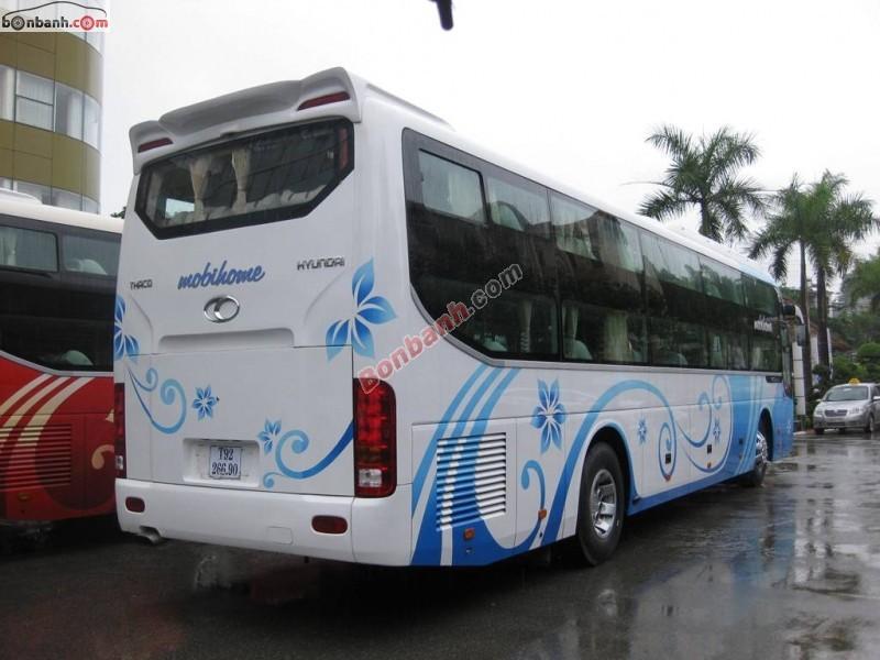 Xe Hyundai Universe  2015