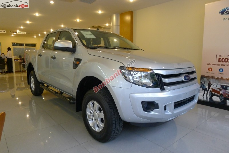 Xe Ford Ranger XLS 2.2 AT 2015