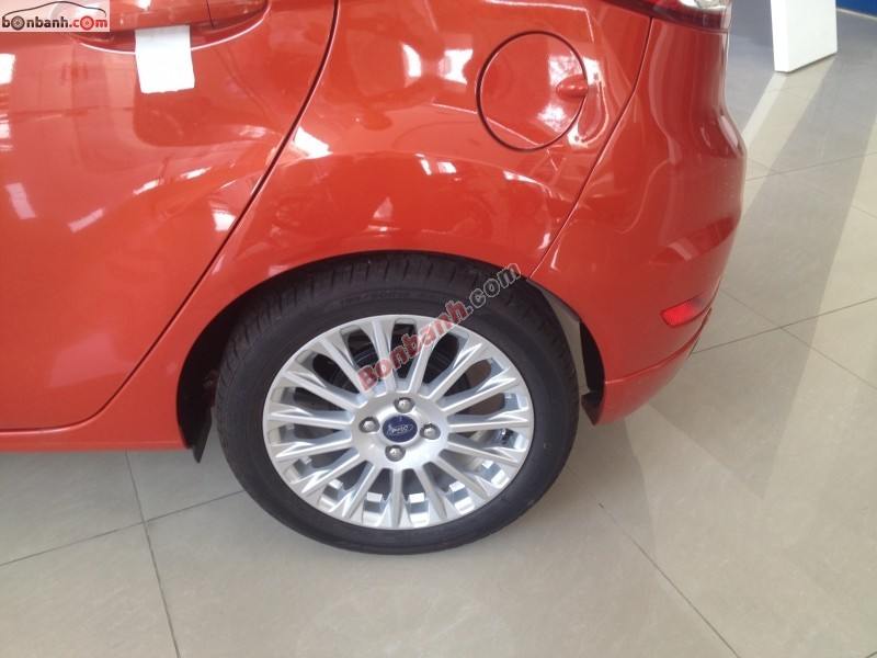 Xe Ford Fiesta Ecoboot 1.0 2015