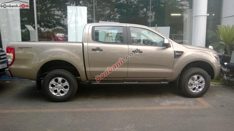 Cần bán Ford Ranger 2.2 XLS MT đời 2015, nhập khẩu Thái Lan