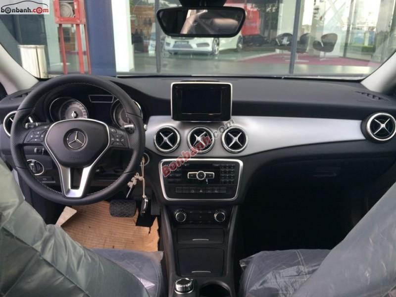 Xe Mercedes-Benz CLA class 250 AMG 2015