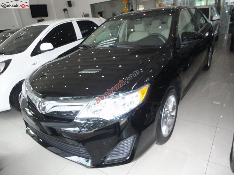 Xe Toyota Camry LE 2015