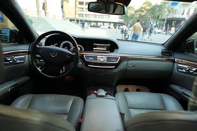 Bán xe Mercedes Benz S500 2005 full option, đi 47000 km
