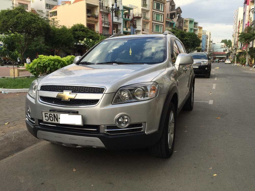 Bán Chevrolet Captiva Maxx LT năm 2009, màu bạc, xe nhập, số sàn, giá tốt