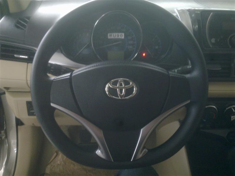 Toyota Vios 1.5E MT 2017, màu nâu, bạc, đen, giá tốt, hỗ trợ TG