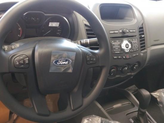 Ford Ranger XLS AT 2016, giao xe toàn quốc, hỗ trợ đăng ký đăng kiểm, vay vốn ngân hàng nhanh gọn