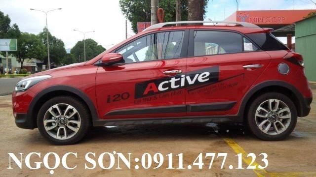 Bán Hyundai i20 Active sản xuất 2016, màu đỏ, nhập khẩu nguyên chiếc