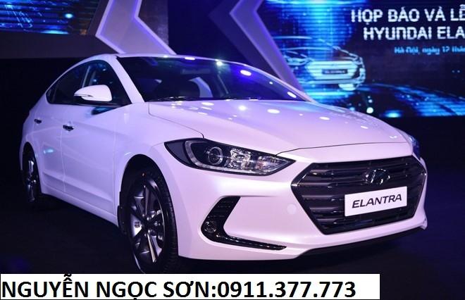 Bán xe Hyundai Elantra mới 2016, màu trắng, nhập khẩu chính hãng, giá 595 triệu,khuyến mãi 20 triệu