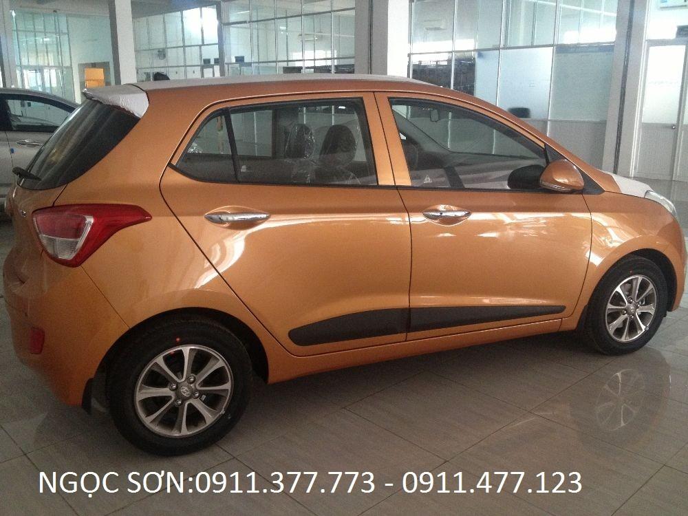 Bán Hyundai Grand i10 mới 2016, màu cam, nhập khẩu nguyên chiếc, giá 355tr. Lhệ: Ngọc Sơn: 0911.377.773