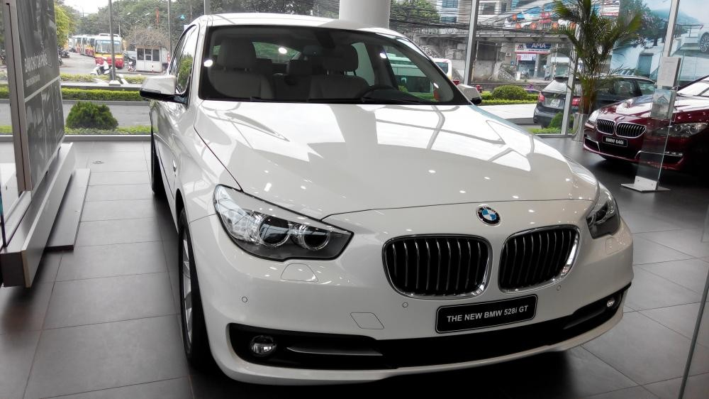 Cần bán BMW 5 Series năm 2016, màu xám, nhập khẩu nguyên chiếc