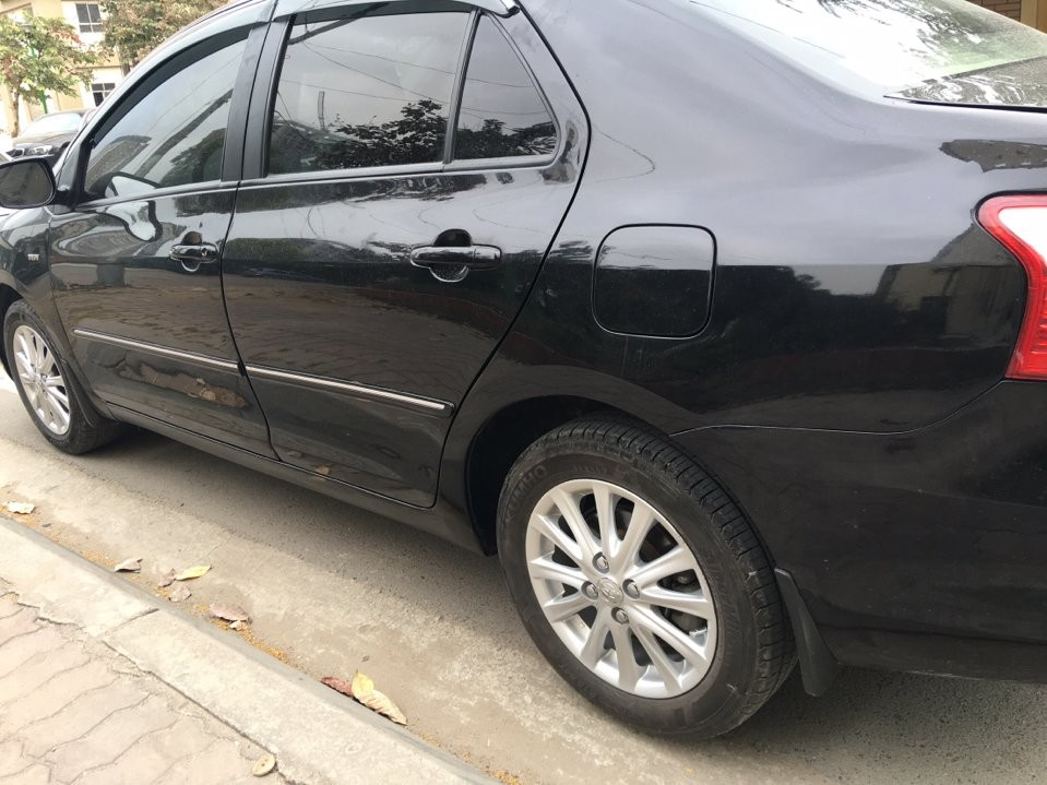Xe Toyota Vios E xịn 2010, màu đen
