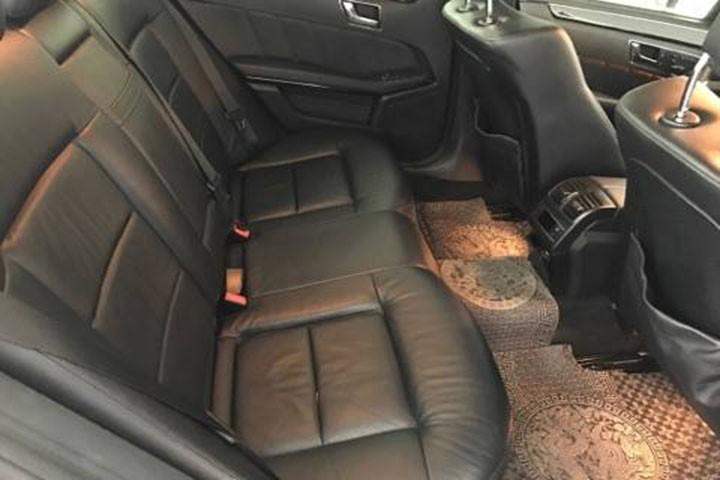 Mercedes Benz E250 2010, màu đen