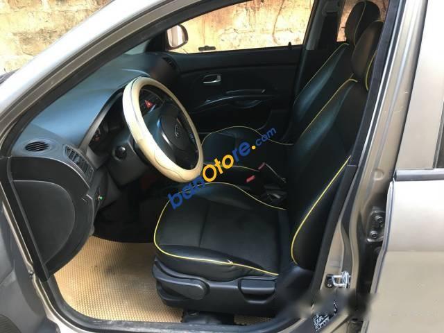Cần bán lại xe Kia Morning đời 2010, nhập khẩu số tự động