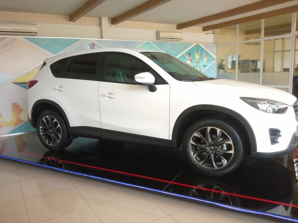 Bán Mazda CX 5 Facelift  2.0 2WD AT sản xuất 2017, màu trắng