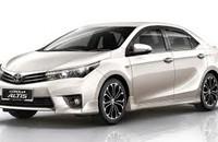 Bán Toyota Corolla Altis Q đời 2015, màu bạc, 992 triệu giá 992 triệu tại Tp.HCM