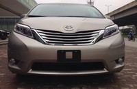 Bán xe Toyota Sienna 3.5 Limited năm 2015, màu vàng, xe nhập nhanh tay liên hệ giá 3 tỷ 283 tr tại Hà Nội