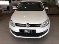 Bán xe Volkswagen Polo 5MT 2015, màu trắng, nhập khẩu nguyên chiếc