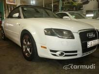 Cần bán gấp Audi A4 AT 2007, màu trắng, xe sử dụng nhiên liệu xăng