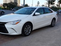 Cần bán xe Toyota Camry XLE mới, màu trắng, nhập khẩu nguyên chiếc
