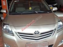 Bán xe Toyota Vios số sàn màu nâu vàng SX2013