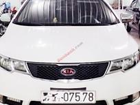 Cần bán xe Kia Forte Sx đời 2010, màu trắng, giá 415 triệu