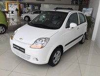 Cần bán lại xe Chevrolet Spark Lite 0.8 2016, màu trắng, số sàn