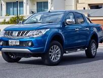 Cần bán xe Mitsubishi Triton sản xuất 2015, nhập khẩu chính hãng