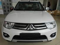 Bán xe Mitsubishi Pajero đời 2015, màu trắng, nhập khẩu chính hãng, giá tốt