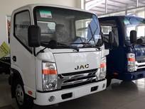 Cần bán xe tải Jac 1T9 đầu vuông Isuzu  đời 2015, màu trắng, nhập khẩu