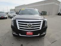 Cần bán xe Cadillac Escalade ESV đời 2015, với sự sang trọng và tiện nghi